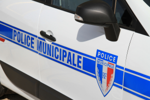 vehicule police municipale